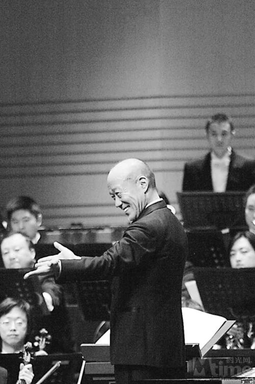 Joe Hisaishi's sweeping orchestral pieces score Miyazaki's films -- the First Movement of Nausicaa and Underwater Town are consistent return listens for me