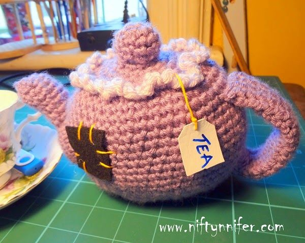 Free Crochet Pattern ~Amigurumi Tea Pot by Niftynnifer.com! Perfect for a play tea set - what a great gift idea!