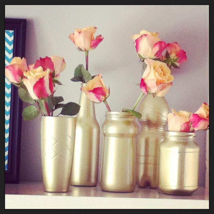 Recycle diy gouden vaasjes. Dure uitstraling voor budget prijs!! Kijk op www.femzdiy.nl voor de how to!