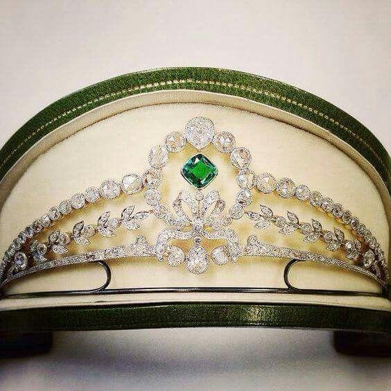Emerald and diamond tiara by Koch, 1910                                                                                                                                                                                 More