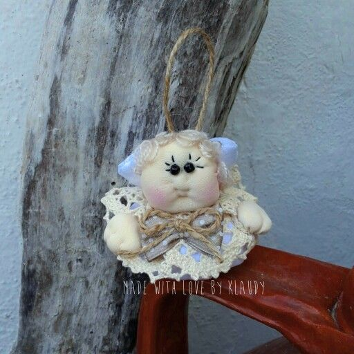 """Ecco """"Carletto""""...il mio piccolo #angioletto realizzato a mano. Made with love by Klaudy"""