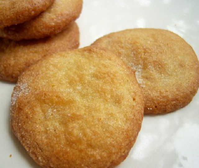 A Super-Simple Recipe for Gluten-Free Vanilla Wafers: Gluten Free Vanilla Wafers
