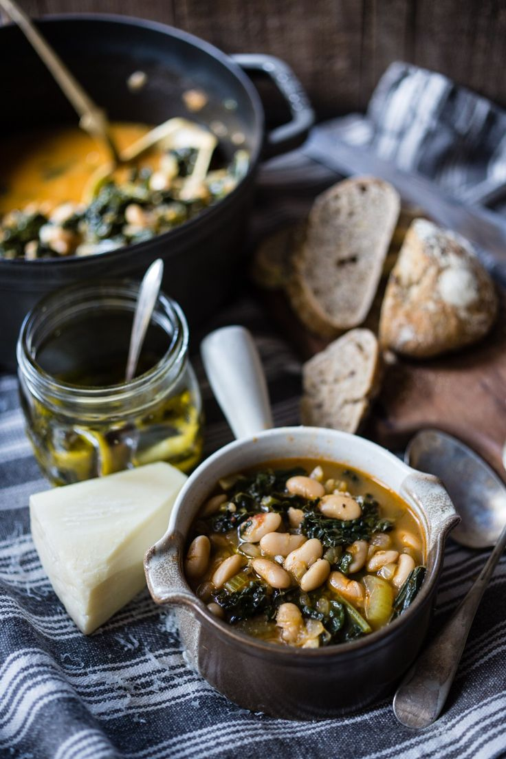 RIBOLLITA (TOscana): a vegetable Tuscan soup with cannellini beans, black cabbage enriched with slices of stale bread (the famous Tuscan unsalted bread). Its name comes from the use of cook twice the soup to make it even more tasty