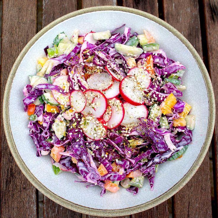 Tahini Lemon Cabbage salad (vegan)