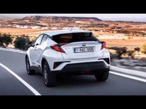 2017 Toyota C-HR Review: interior Exterior and Drive