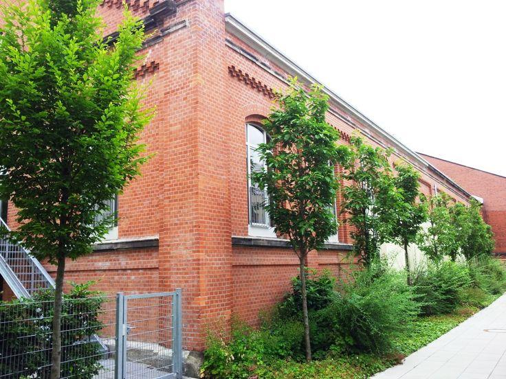 Das Dragonercarrée in Hannover List Vahrenwald: Neu ausgebaute Loftwohnungen in der ehemaligen Reit-/ Fechthalle - aufgenommen vom Makler in Hannover: arthax-immobilien.de