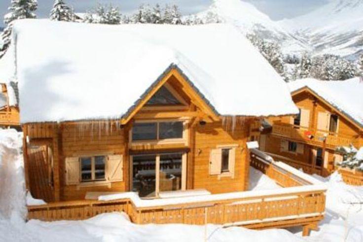 Location Chalet individuel CHALET DE L'EDEN Luxe ambiance Bois sauna garage coeur de station ski immédiat La Joue du Loup - 9830 | Chalet-montagne.com
