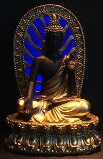 Goud & Bruin Thaise Boeddha met achtergrondverlichting.