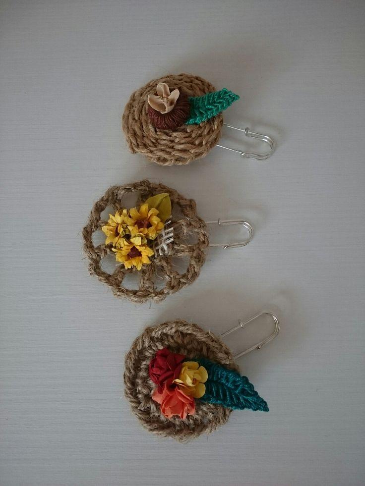 Broșe handmade