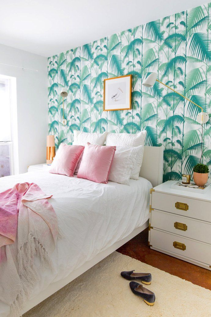 15 Rooms That Show You Shouldn\u0027t Be Scared Of Wallpaper BEDROOM