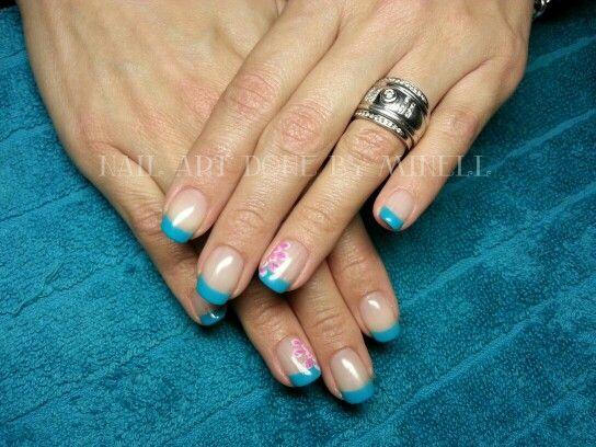 handpainted nail art flowers