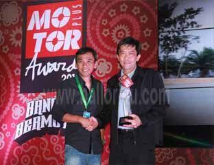 Honda CBR 150R Dikukuhkan sebagai Bike of The Year 2014