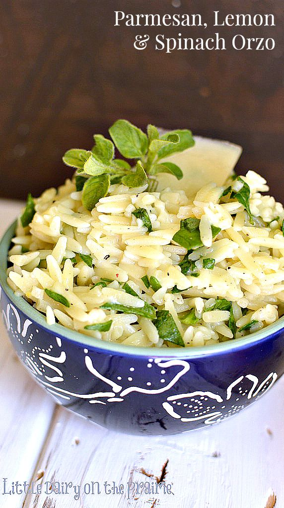 Easy, quick and delicious Parmesan, Spinach, and Lemon Orzo. So fresh and yummy!