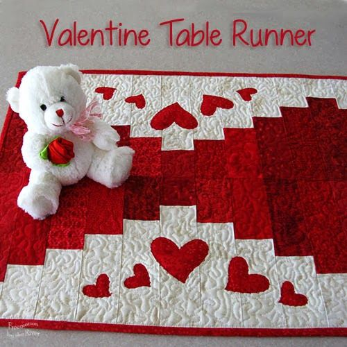 Valentine table runner at freemotion by the river quilts for Diy valentine table runner