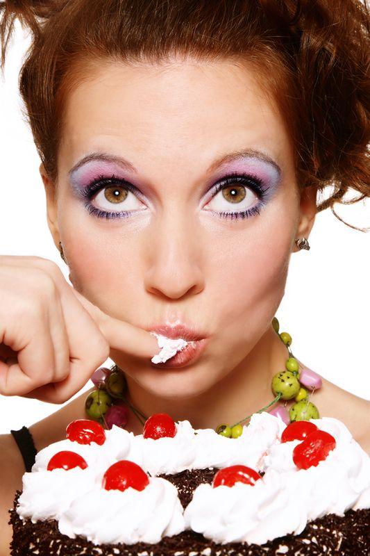 Le stress, la colère ou la tristesse provoquent chez vous le réflexe de manger? Pour passer un bon moment ou par ennui, les biscuits sont vos amis? La faim émotionnelle peut être notre ennemi!