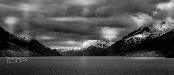 Eidfjord Pano - Panoramic shot of the Eidfjord in Norway.