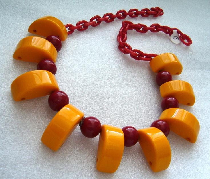 Vintage chunky bakelite necklace