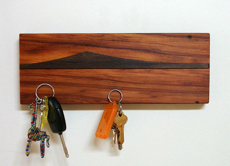 Best 25+ Wooden key holder ideas on Pinterest   Key and ...