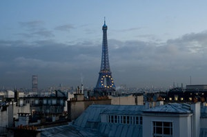 Paris City Guide on Design Sponge for those of you lucky enough to visit soon.