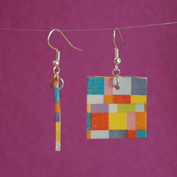 Boucles d'oreilles en plastique fou et masking tape Mosaic lumineuse.