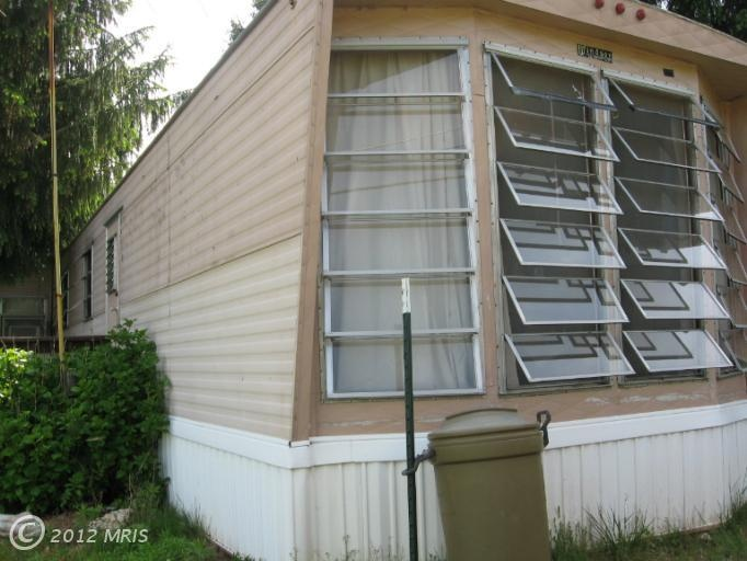 I love jalousie windows found on older mobile homes a for Mobile home replacement windows