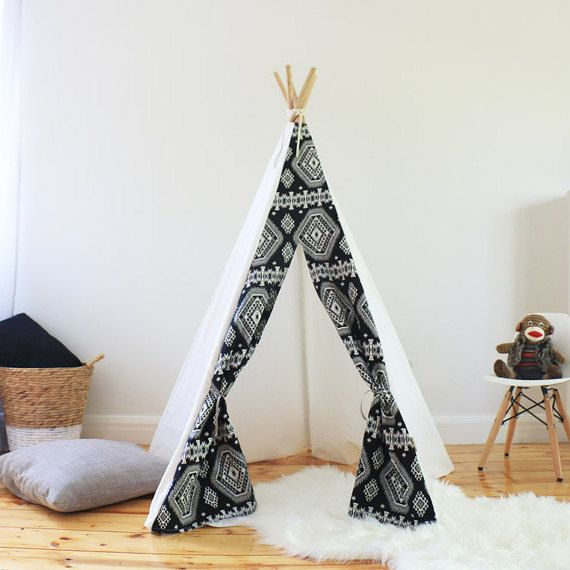 Kids Black and White TeePee - Kargow.com - Find the world's most creative sellers.