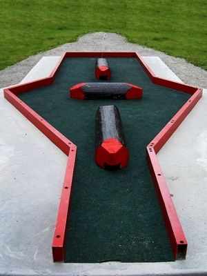 How to Construct a Miniature Golf Course