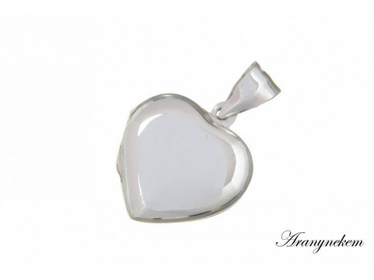 Nyitható szív motívumos ezüst medál