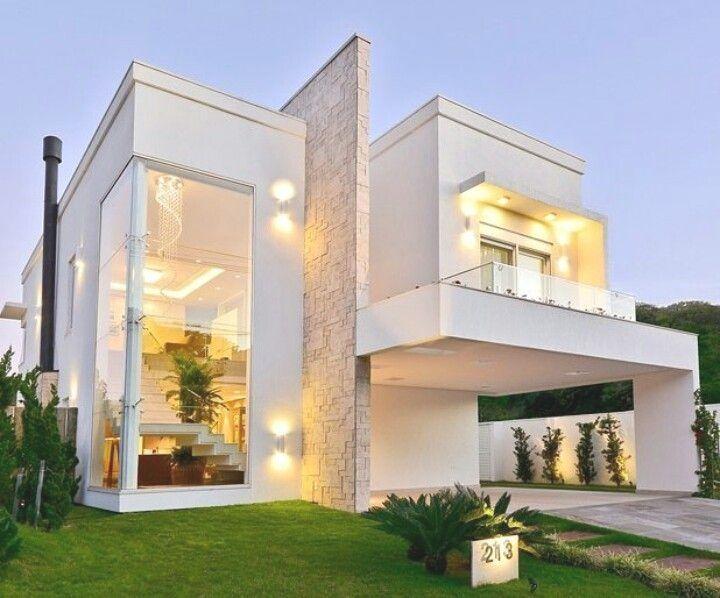 Modernizar Tu Fachada Disenos Modernos Y Elegantes Cerradas Arquitectura Fachada Modernas C Facade House Modern House Exterior Modern Architecture House