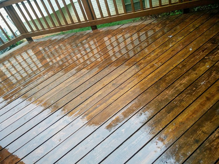 Best 25 cedar deck ideas on pinterest wood patio deck for Cedar decks pros and cons