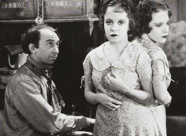 Daisy e Violet Hilton in Freaks , 1932