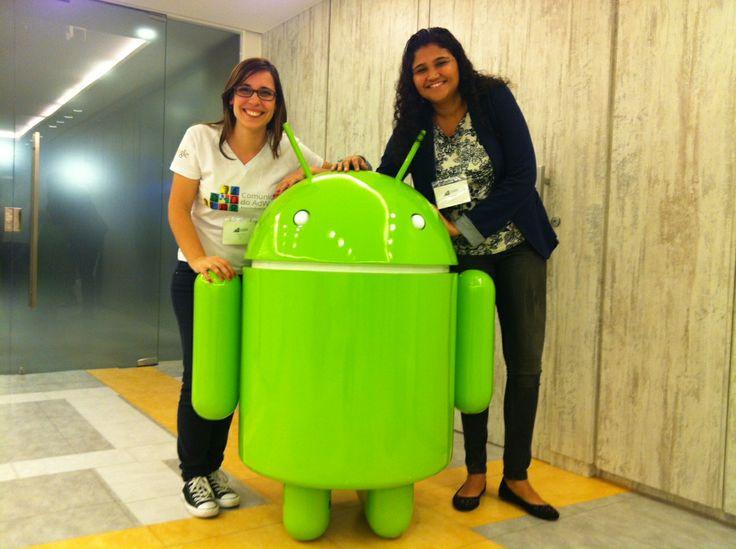 Leandra Soares e Priscila gerente da Comunidade Adwords