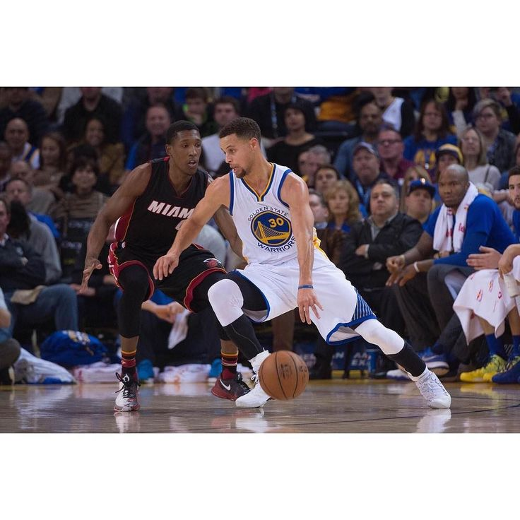 The 32-6 Warriors will begin a 4 game home stand starting tonight against the Miami Heat. The Dubs lead the NBA in scoring with 117.5 PPG while Miami is the second-lowest scoring team with 98.1 PPG. Should be an easy W for the Warriors tonight. #Gam30ver #DubNation #StephCurry