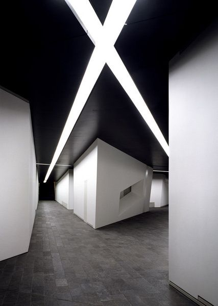 "daniel libeskind(1946- ), jewish museum berlin, 1989–1999. berlin, germany. ""The intersection of tunnels underneath the museum."" photo Studio Daniel Libeskind"