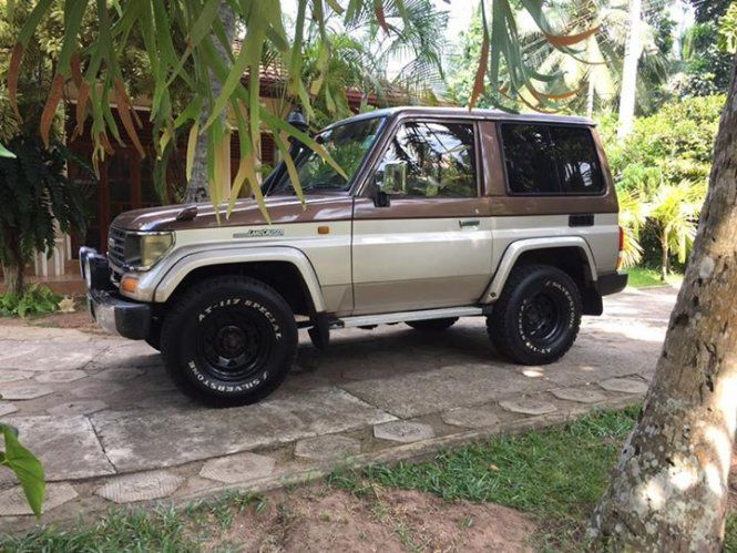 Jeep Toyota Landcruiser LJ70 For Sale Sri lanka. Genuine and clean landcruiser in best condition. Full option- AC,Power shutters ,Power mirrors , power steering,manual transmission 4x4.  All the options are perfect working order. 2500cc engine overhaul done.  Replaced T belt, all other belts and fluids & filters. Almost new tyres. Done only 10,000km.  Steel wheels. DVD,Reverse camera,USB. Expecting 3.5m ONO.  Negotiable only after inspection. No bargain hunters and joy riders.  Open paper...