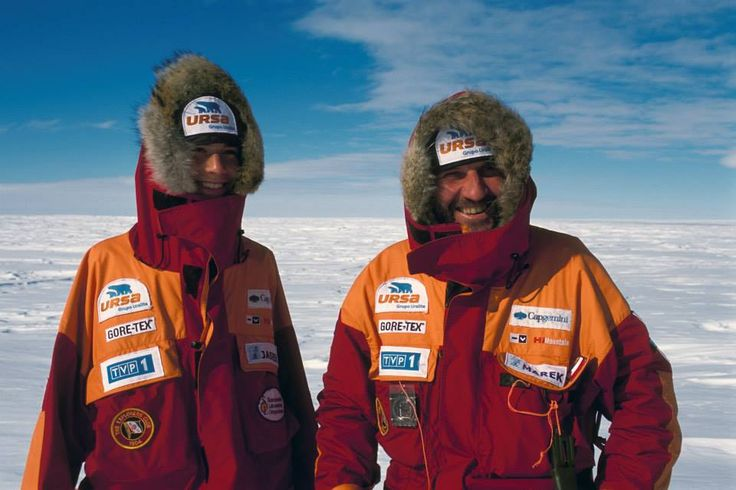 Conquering the pole in 2004 with Jan Mela, Wojtek Ostrowski and Wojtek Moskal. #expedition #pole #pole_conquerors