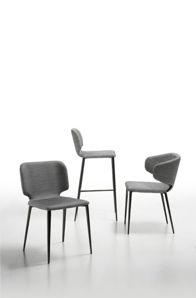 KRZESŁO WŁOSKIE WRAP P MIDJ - Nowoczesne meble design, włoskie meble do salonu i sypialni, wyposażenie wnętrz