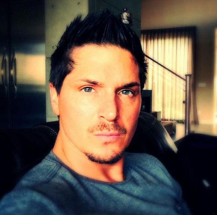 Zak Bagans of Ghost Adventures. This is by far my most favorite picture of Zak, I love his eyes!