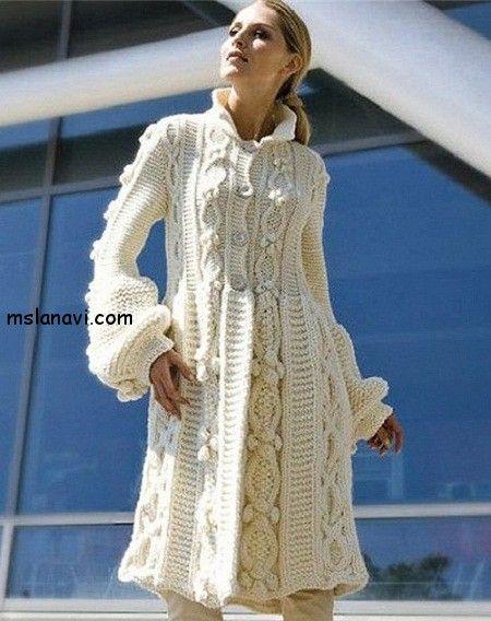 вязаное белое пальто от Phildar