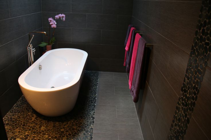 Bathroom Floor To Roof Charcoal Tiles With A Black: 1000+ Images About Bathroom Pebble Tile And Stone Tile