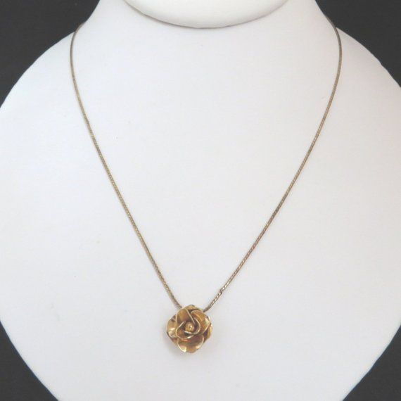 Necklaces for women Green necklace Green pendant long necklace for her Rose Necklace Rose pendant Real flower necklace Real flower jewelry