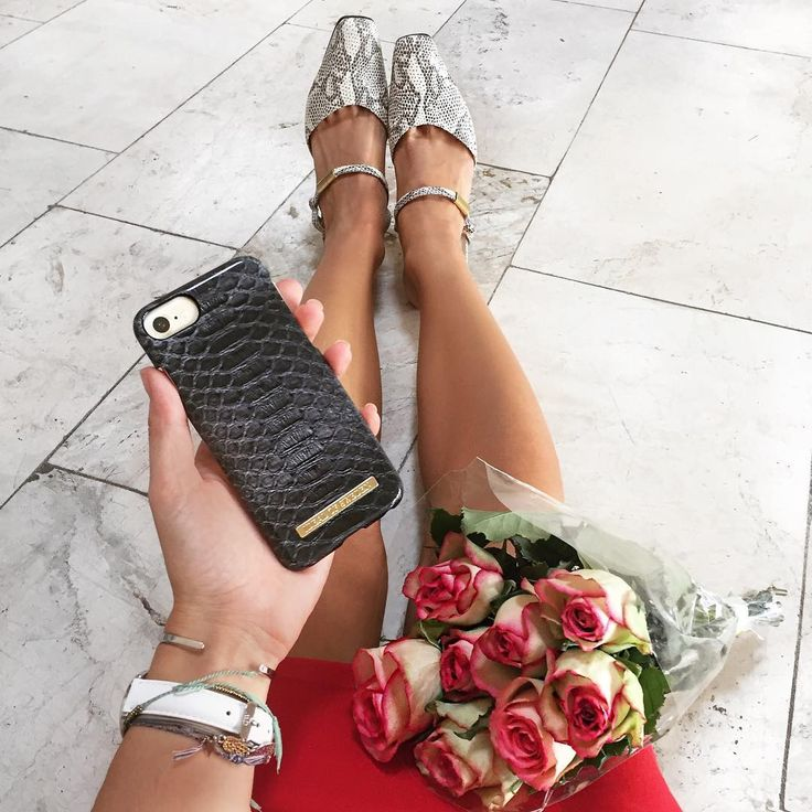 Fashion Case iDeal Of Sweden - pic by: alexposchinsta #idealofsweden #iphone #fashion #inspo #phonecase