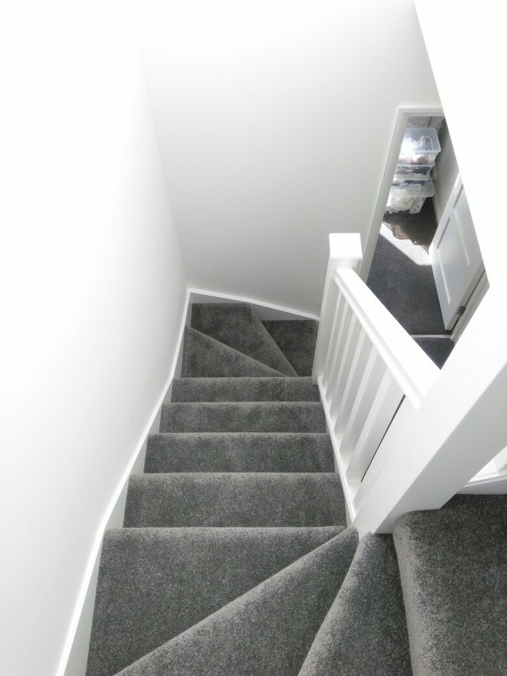 Best Stairs Grey Carpet White Walls Grey Carpet Bedroom 640 x 480