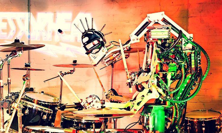 На Kickstarter начат сбор средств на робота-вокалиста | RobotReview