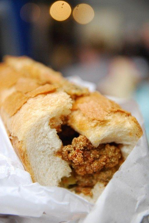 Po' Boy  Een Po' Boy is een stokbroodje belegd met vlees (meestal rosbief) of gebakken zeevruchten. Dit kan worden aangevuld met bijvoorbeeld sla, tomaat, augurken, mayonaise, jus of mosterd.