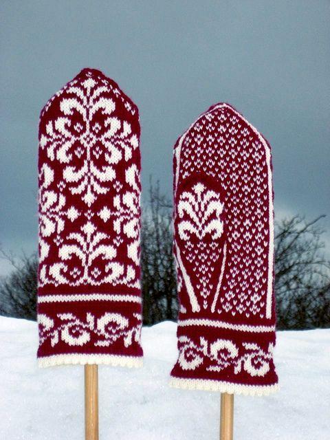 Elise Mitten by Johanne Landin knitting pattern $5.00 on Ravelry at http://www.ravelry.com/patterns/library/elise-mitten