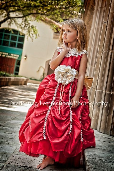 Dulce Amor ... The Red Taffeta Dress With Sheared Skirt
