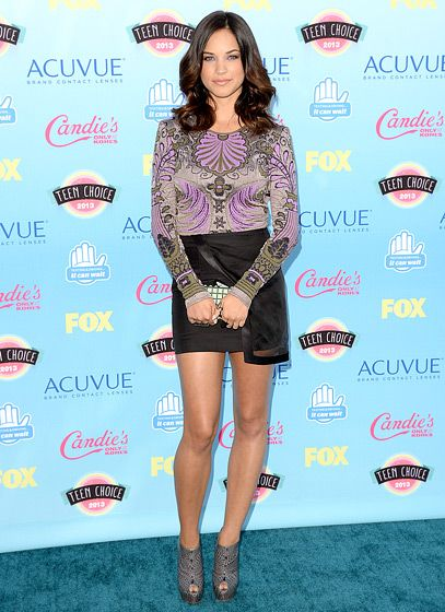 #PitchPerfect star Alexis Knapp at the Teen Choice Awards