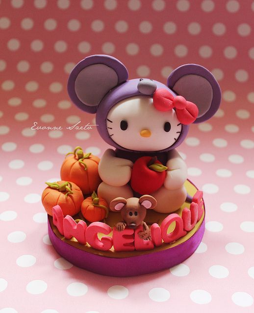 Hello Kitty Mouse by { Sweet Xpressions } Cake, via Flickr
