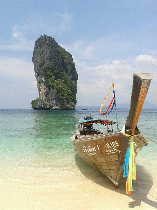 Paradise on the island. Poda island